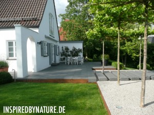 P1050202 300x225 Moderne Gartengestaltung   FOTOS 2011